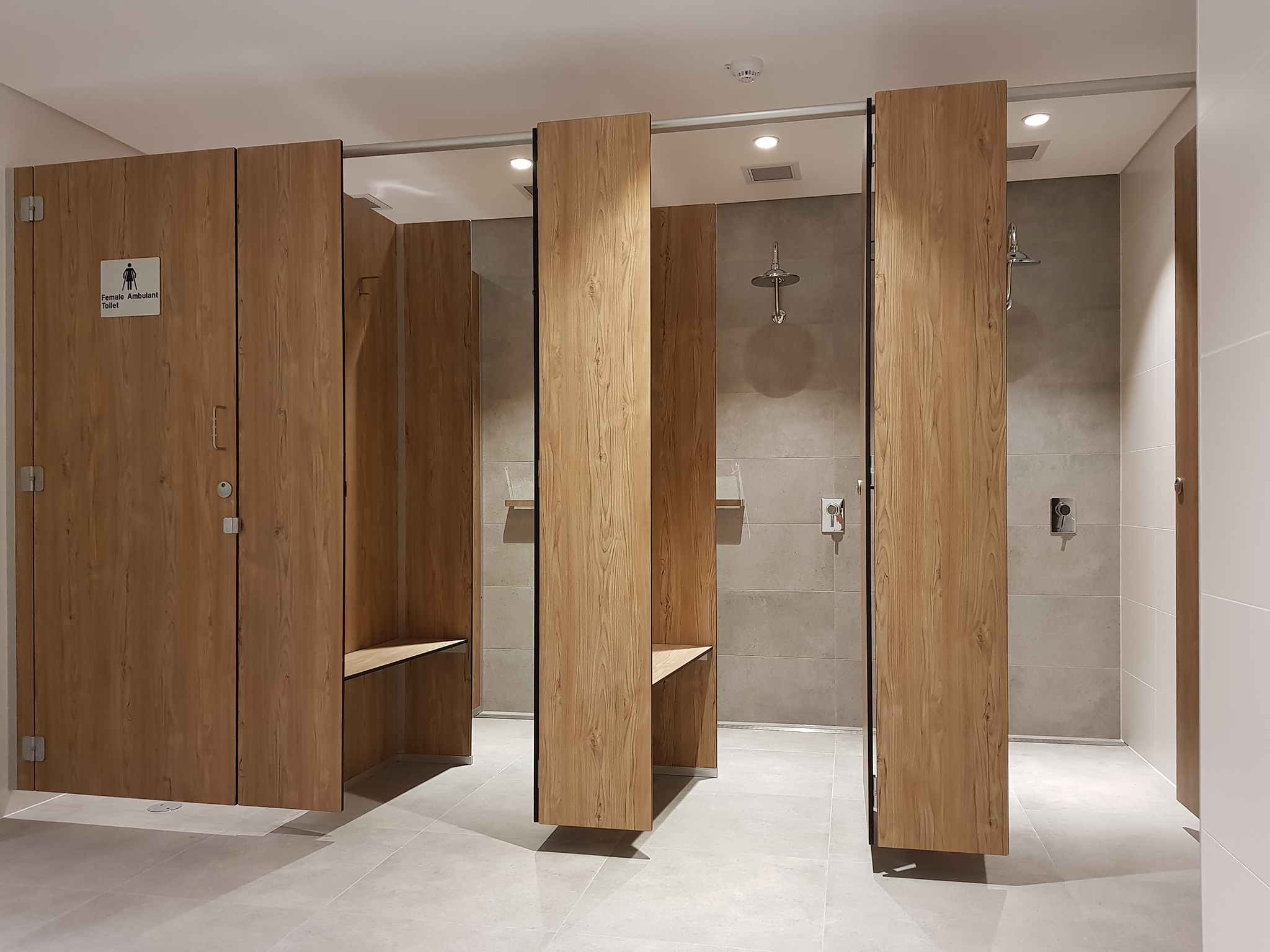 Shower Cubicles Aqualoo